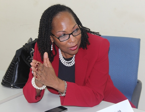 Dr Rosalea Hamilton making a point