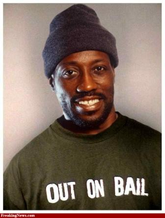 Ex-con Wesley Snipes on house arrest.