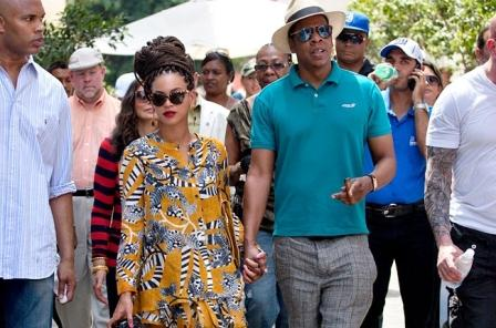Beyonce and Jay Z in Cuba on their wedding Anniversary.