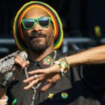 AWG Round Up IV:Snoop Dogg turns 'Lion'